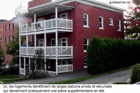 Les balcons de Sherbrooke: une signature architecturale